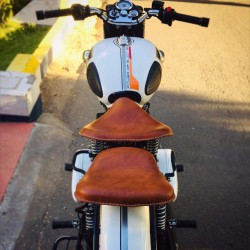 Harley Type Slim Seat with Spring Front and Rear Seat (Double Tone Tan)Only for All Classic Models Only